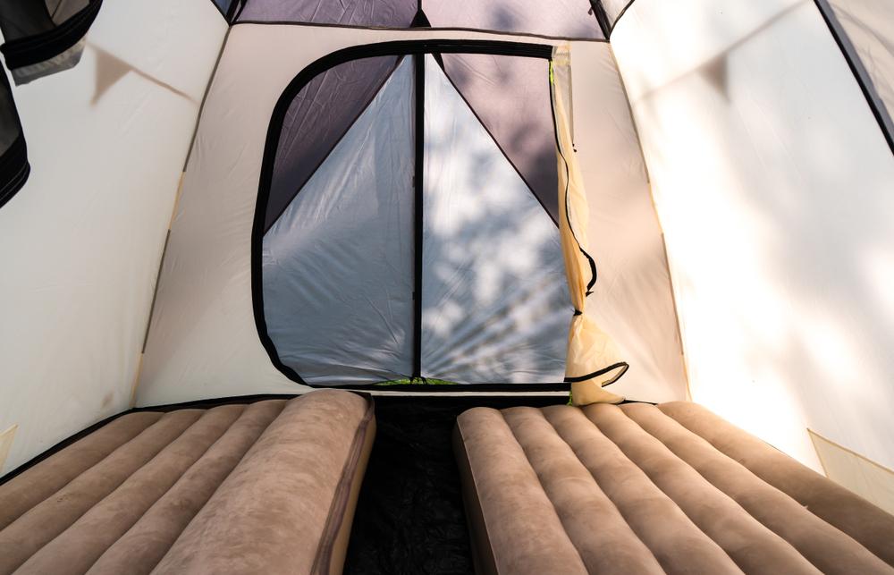 sleeping pad and air mattress